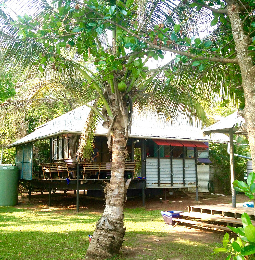 Makhills Beach House at Dundee Beach near Darwin - a great family friendly beach house