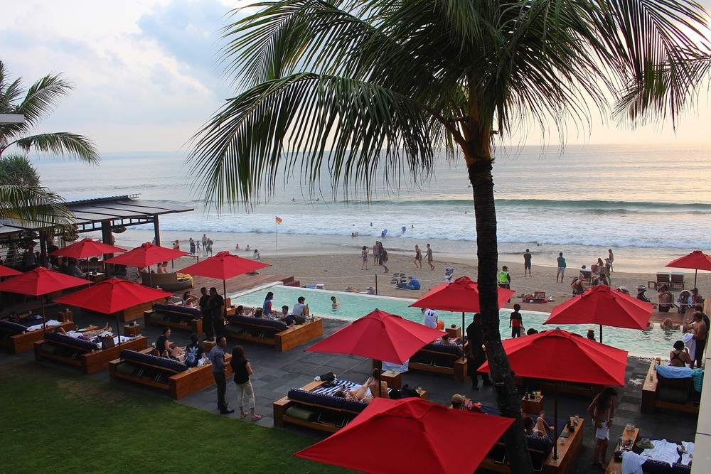 Pool and bar and Ku De Ta Beach Club in Seminyak, Bali