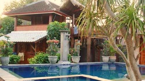 Pool at Ketuts Losmen, Nusa Lembongan, Bali