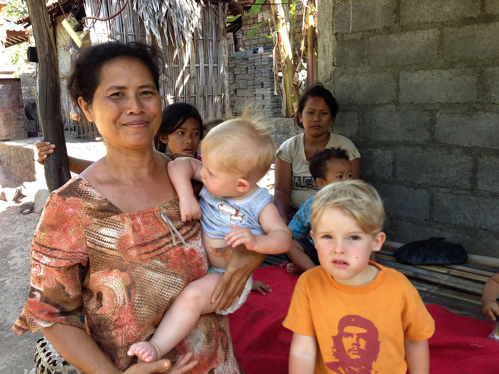 Family holiday in amed with local women