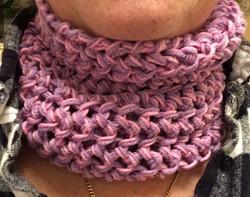 Lavender/pink neck gaiter