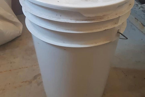 French Fry Grease - 6 gallon pail