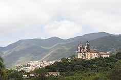 1024px-Ouro_Preto-3,_por_Leonardo_Palerm