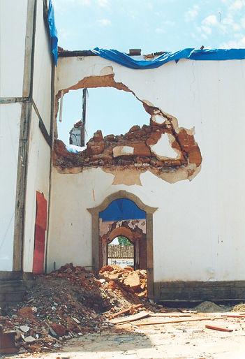 ICORP_11_destruição_incêndio_Igreja_M