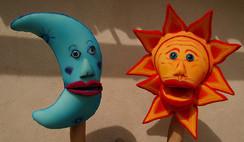 Títeres Sol  y Luna