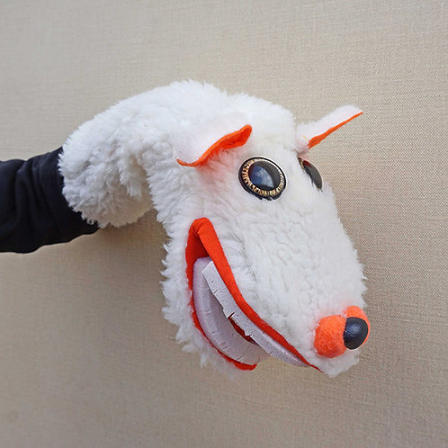Títere de oveja blanca