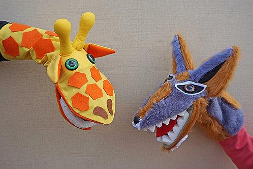 Títeres de jirafa y chacal