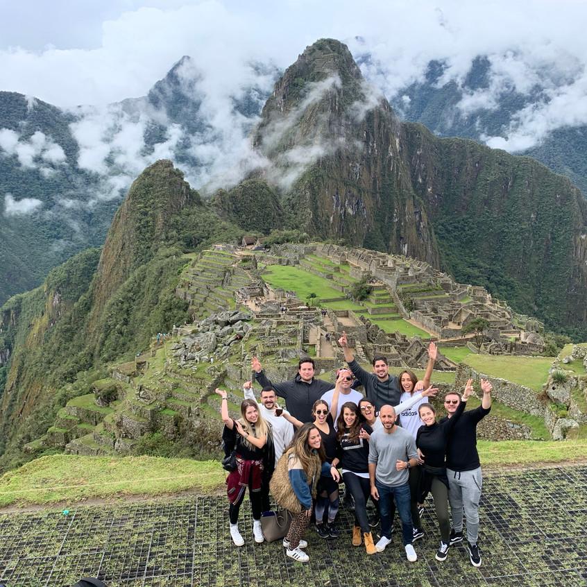 La tribu en Machu Picchu