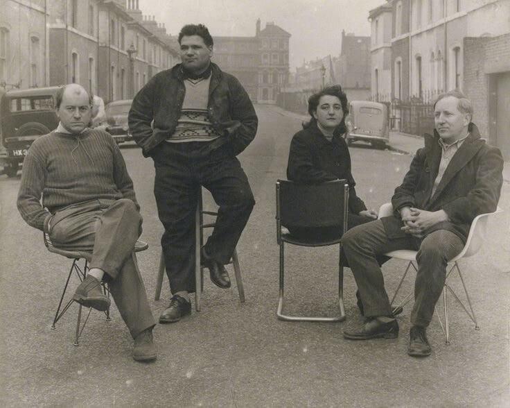 Общество художников Независимая группа и Эдуардо Паолоцци