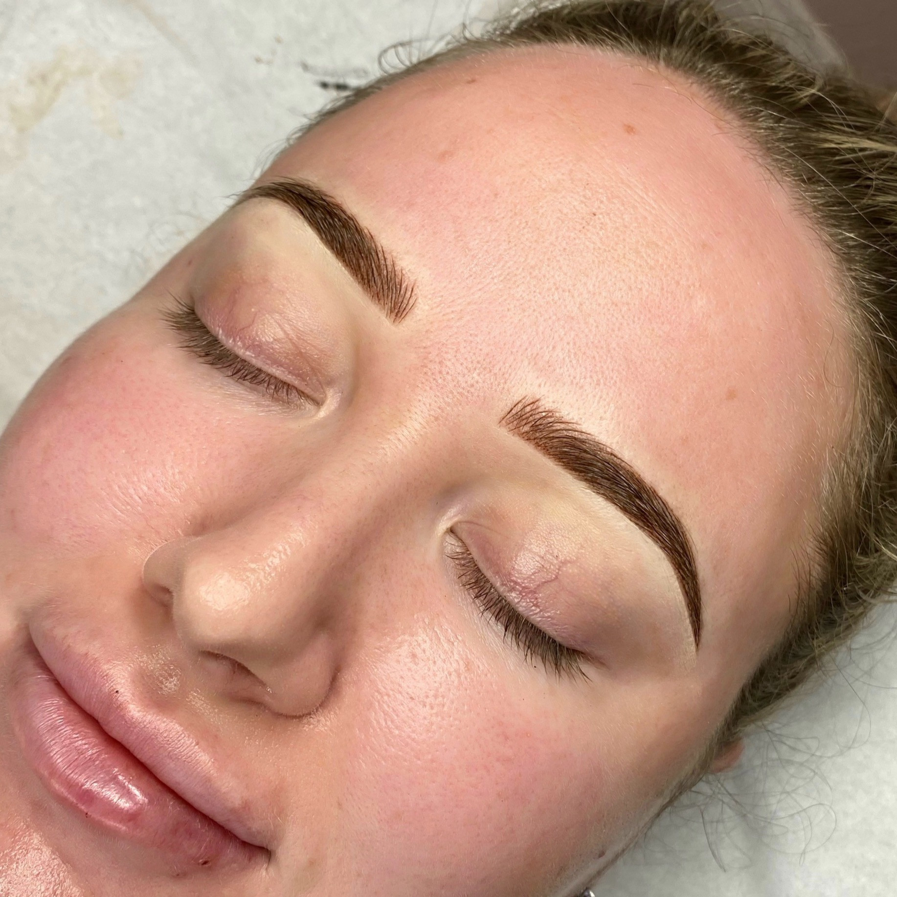 COVID First Brow Top Up (6-8wks)