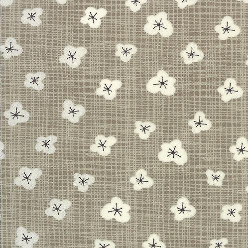 Bluebird Park: Little blossoms (Stone) - Kate & Birdie (Moda Fabrics)