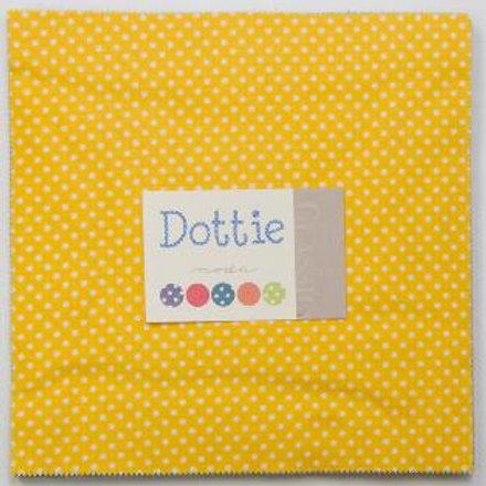 Dottie Layer cake - Moda Fabrics