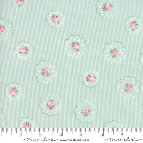 Caroline: Floral doily (Aqua) - Brenda Riddle Acorn Quilting Co