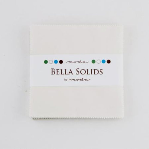Moda Bella Solids: Charm pack - Feather