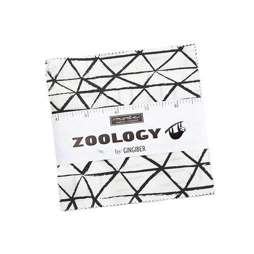 Zoology Charm pack - Gingiber (Moda Fabrics)