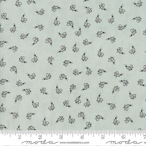Darling Little Dickens - Honeybee (Puddle)