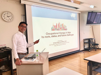 Teaching Graduate Students in Gunma University