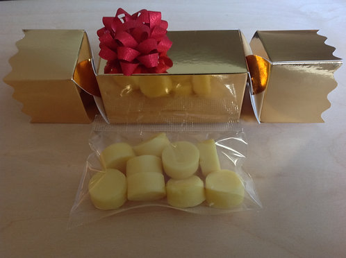 3 Deluxe Christmas Crackers - each containing a bag of fudge pomponettes