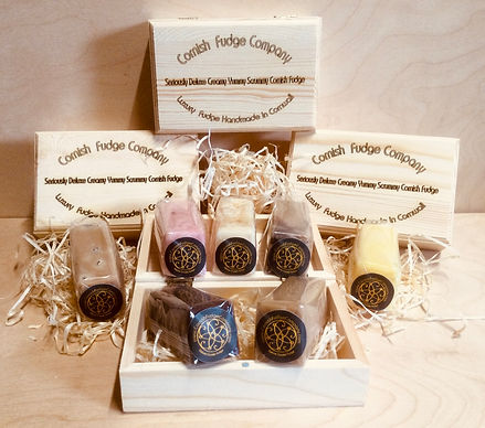 Fudge Set in a Pine Gift Box