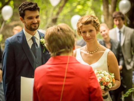 Ja! sagen mit Astrid - aus dem Leben einer Hochzeitsrednerin.