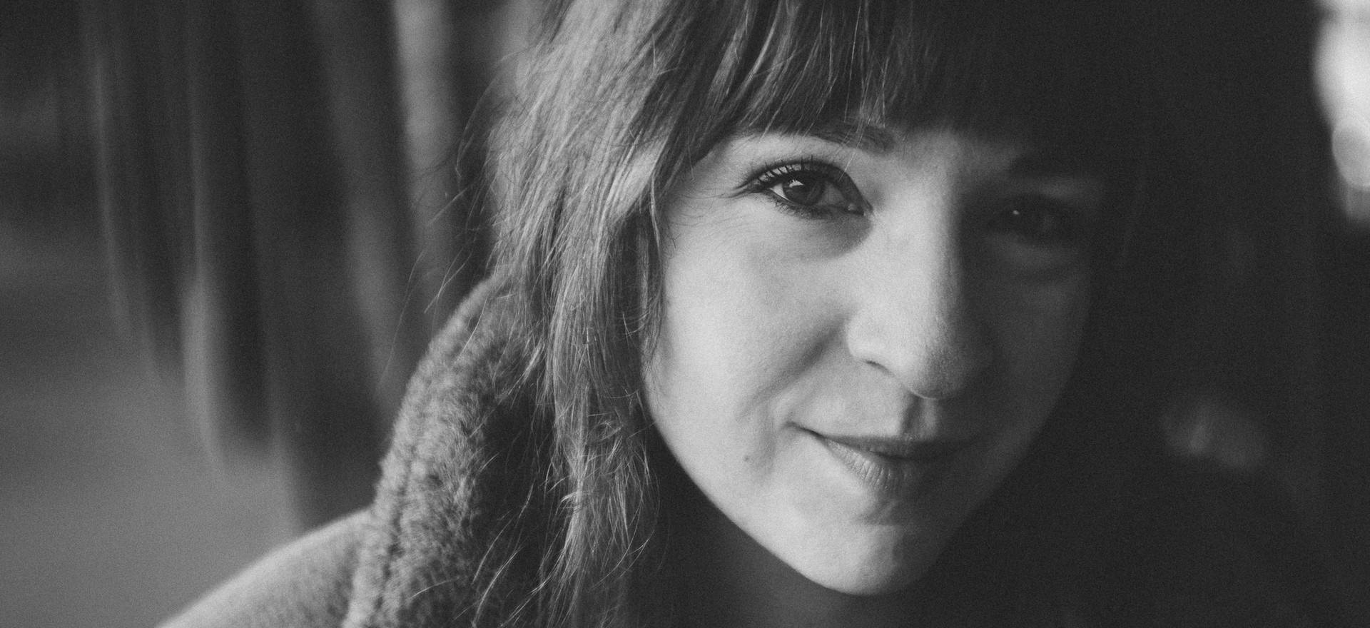 Johanna Hattner black and white