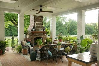 Outdoor patio and reception area at Azalee Plantation