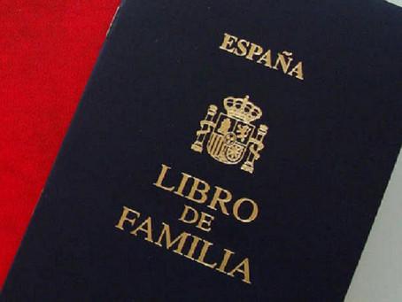 El Libro de Familia se actualiza: Nuevo formato de registro digital