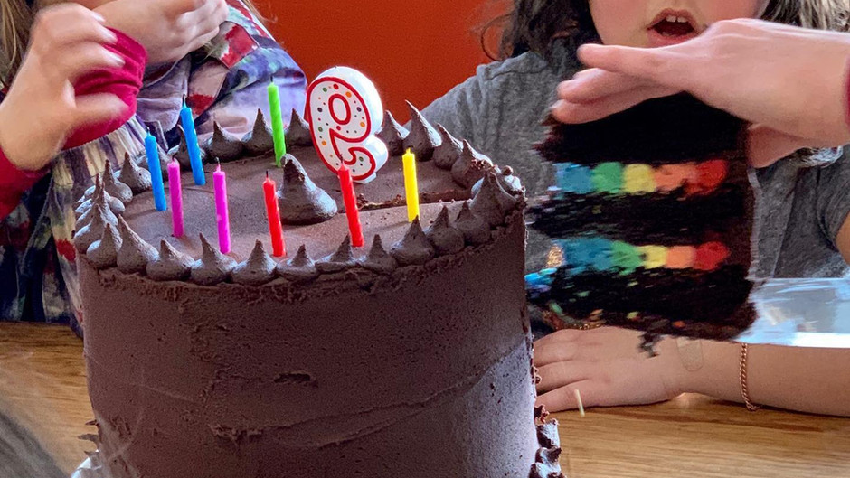 Custom cakes, pies, pastries and baked goods in Manchester Vermont by Bonnet & Main Café