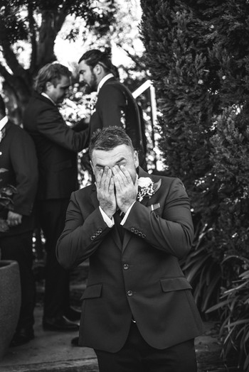 candid wedding photographer
