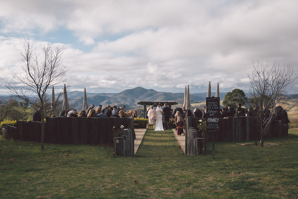 winter wedding at seclusions blue mountains de lumiere photography