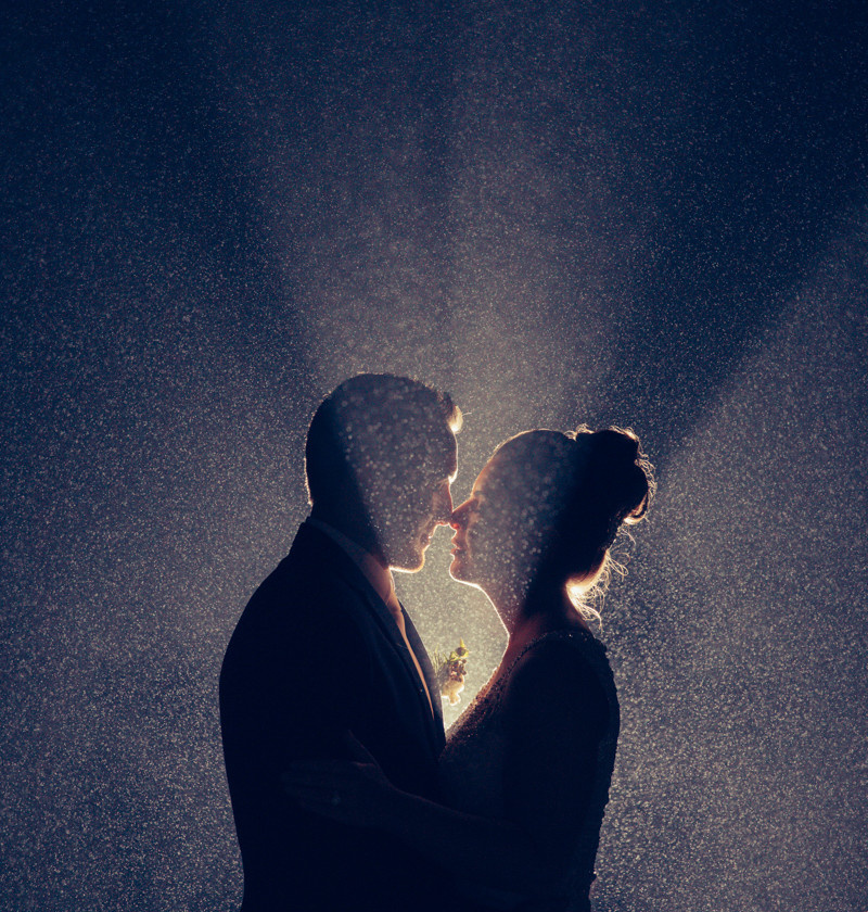 Night shot taken in the rain with flash - wedding photography by de lumière photography