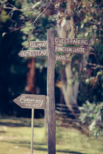 professional wedding photography signposts at waldara farm