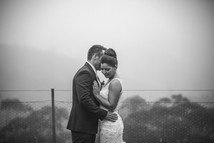 Wet and rainy wedding day photos by de lumière photography