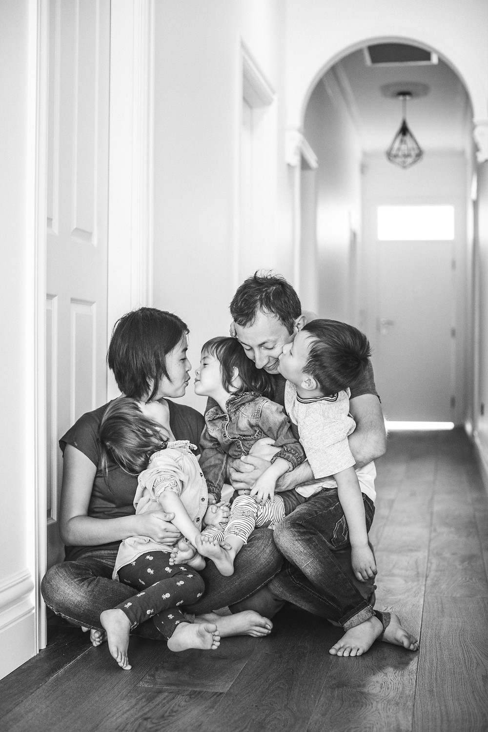 Documentary family photography with Blue Mountains photographer de lumière photography