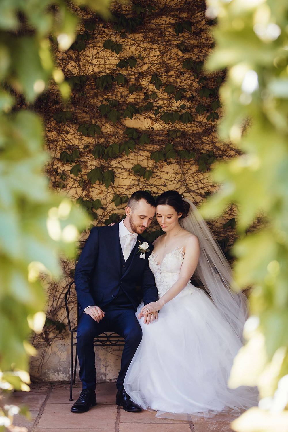 bride and groom at bendooley estate destination wedding venue