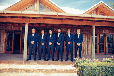 professional wedding photography the bridal party at waldara farm