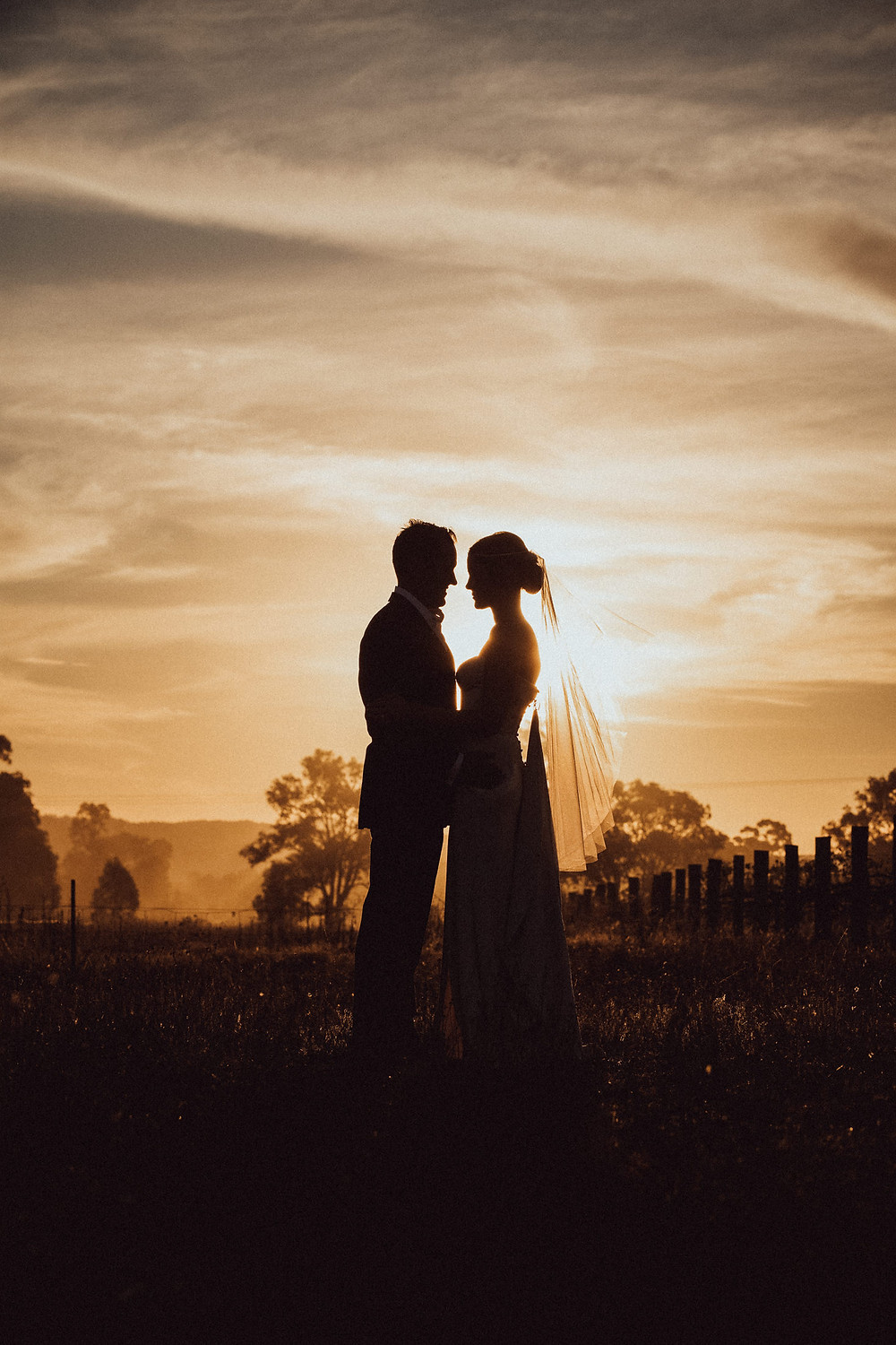 bride and groom at sunset country wedding NSW
