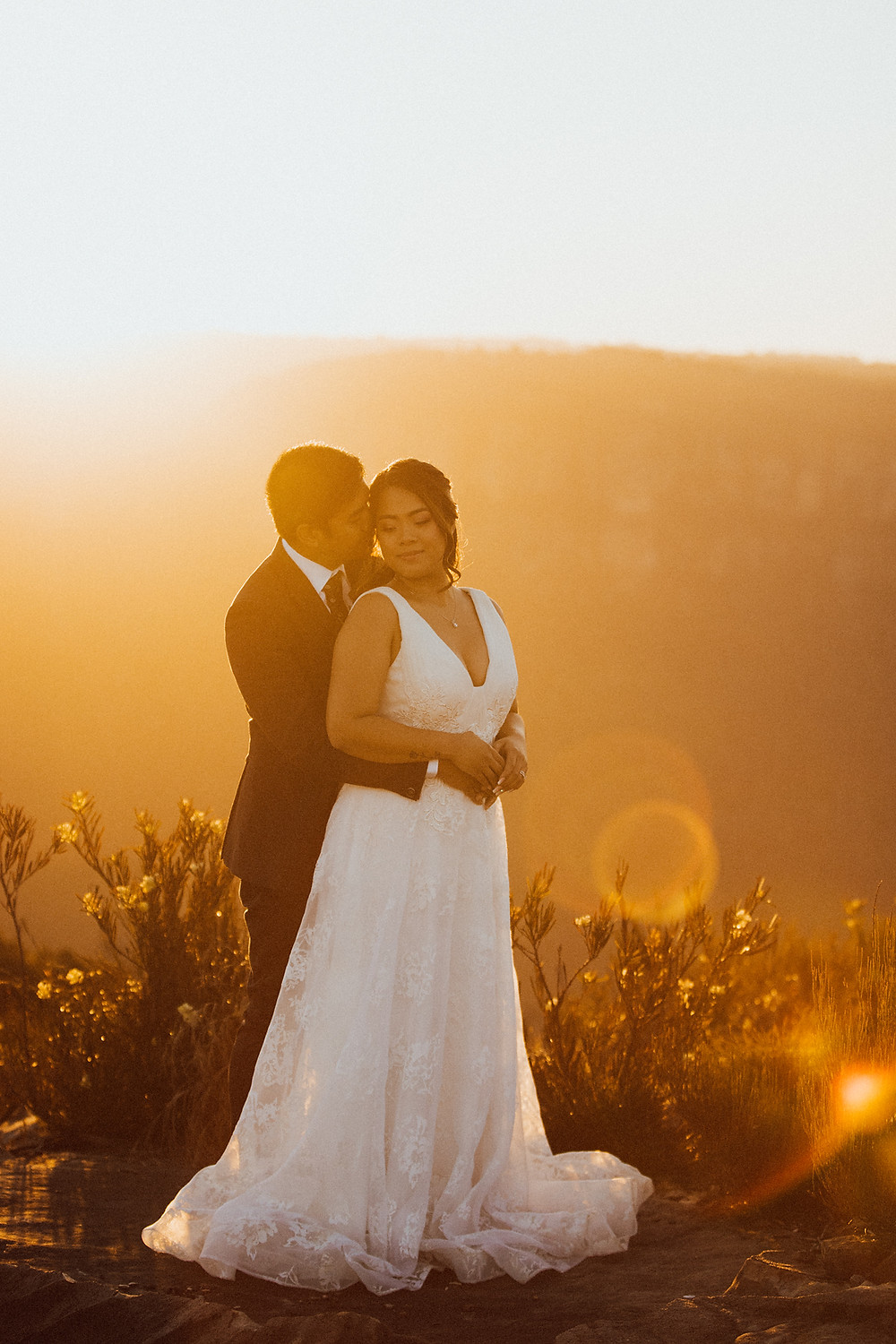 sunlit romantic mountain wedding de lumiere photography