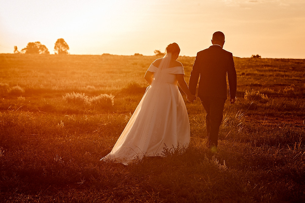 sunset dubbo country wedding de lumiere photography