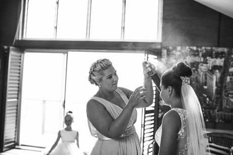 The final touches before the wedding day - Blue Mountains wedding photographer de lumière photography