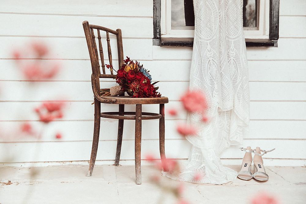 Buy a sample or pre-loved designer wedding dress online