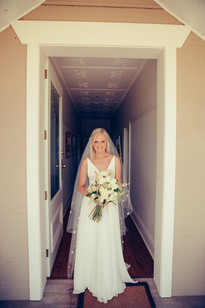 professional wedding photography country wedding with diy florals