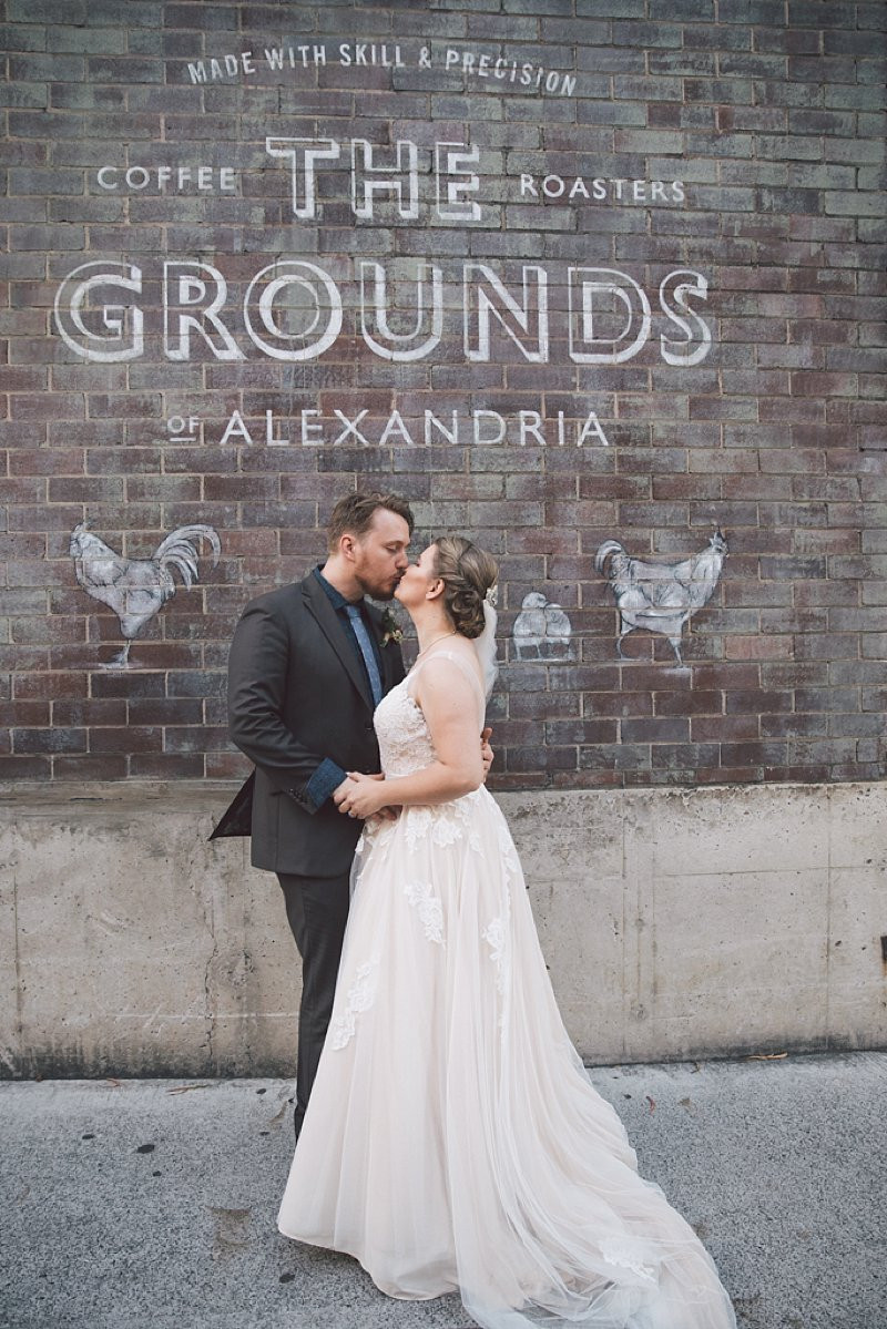 the grounds of alexandria urban wedding de lumiere photography