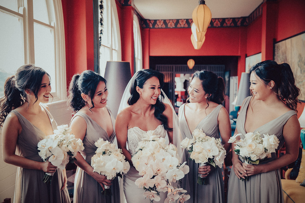 the bride and bridesmaids hydro majestic wedding photographer