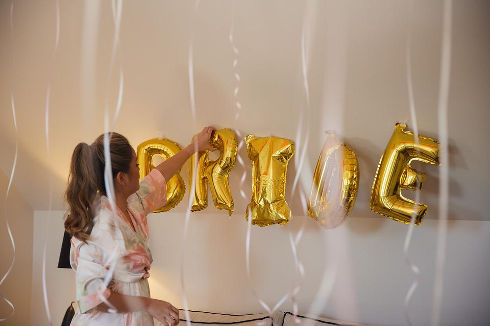 gold bride balloons de lumiere photography destination wedding photographer
