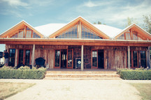 professional wedding photography the barn at waldara farm