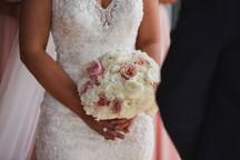 Wedding bouquet photographed by de lumière photography
