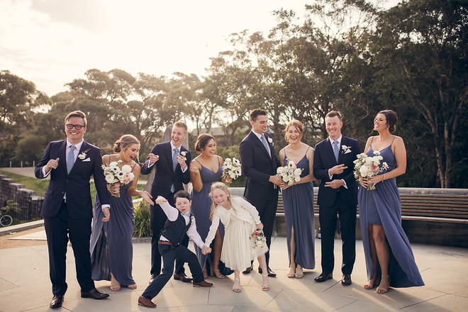 candid natural wedding photography