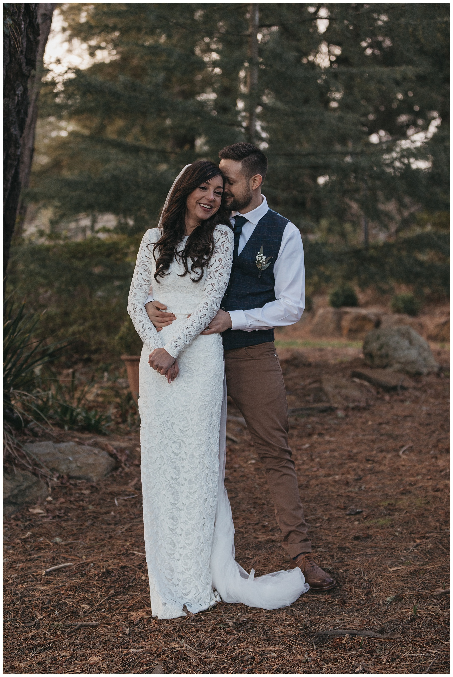 Bride and groom winter elopement in the Blue Mountains