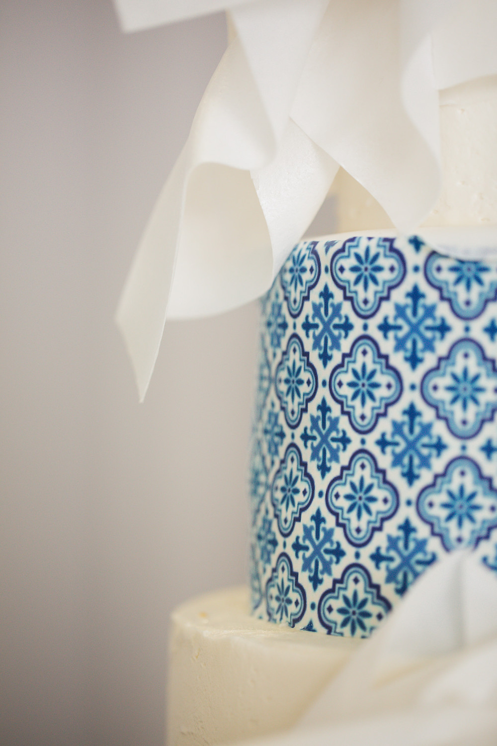 mediterranean inspired luxury bridal shower with pops of blue and gold